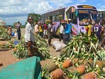 换在路在科罗圭,坦桑尼亚。 图库摄影