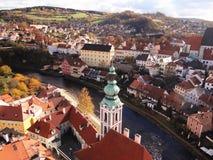 捷克克鲁姆洛夫,捷克共和国鸟瞰图  图库摄影