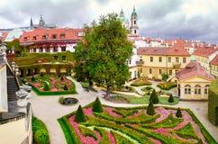 捷克共和国,布拉格- 18世纪vrtba庭院(Vrtbovska za 免版税库存照片