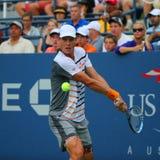 从捷克的职业网球球员托马斯・贝尔迪赫在美国公开赛2014圆的3比赛期间 免版税库存图片