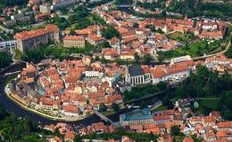 捷克红色顶房顶城镇 免版税库存照片