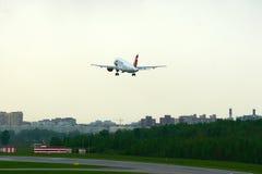 捷克航空公司空中客车A319-112航空器在普尔科沃国际机场在圣彼德堡,俄罗斯 图库摄影