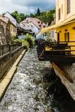 捷克语Krumlov的水道 库存照片