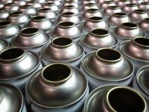 捷克,阿尔达小组-锡罐的生产浪花的在工厂 库存图片
