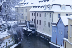 捷克, Pague,在降雪的水车 图库摄影