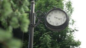 捷尔诺波尔州 在sity的老时钟 股票视频