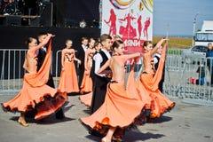 捷尔诺波尔,乌克兰- 2017年10月1日:在Po的交谊舞孩子 免版税库存照片