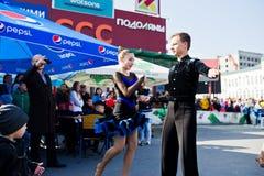 捷尔诺波尔,乌克兰- 2017年10月1日:在Po的交谊舞孩子 免版税库存图片
