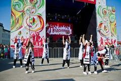 捷尔诺波尔,乌克兰- 2017年10月1日:在Podoly的现代舞孩子 库存照片