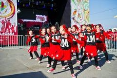 捷尔诺波尔,乌克兰- 2017年10月1日:在Podoly的现代舞孩子 免版税库存图片