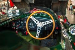 捷豹汽车D型的驾驶舱 免版税库存照片