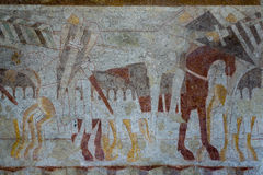 授以爵位figtht争斗,中世纪壁画 免版税库存图片