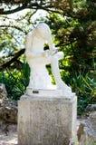 去掉裂片的男孩 雕塑 免版税库存图片