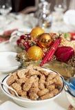 排列圣诞节表 免版税库存照片