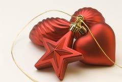 排列圣诞节装饰红色 图库摄影