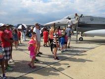 排行看F-16驾驶舱 免版税库存照片