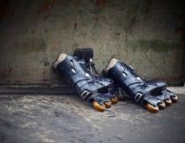 直排轮式溜冰鞋 免版税库存照片