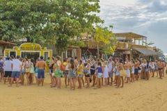 排队在Jericoacoara巴西的青年人 库存图片