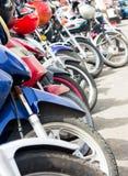 排队的摩托车 免版税库存照片