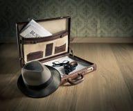 探员的葡萄酒公文包 免版税库存图片
