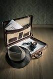 探员的葡萄酒公文包 库存照片