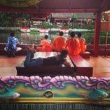 接受节日-当地人的传统的莲花在Samutprakran在Samutprakran,泰国 图库摄影