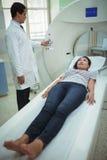 接受CT扫描测试的患者 库存图片