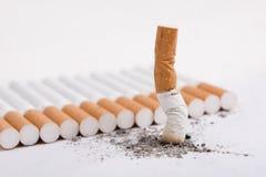 接界香烟 免版税库存图片