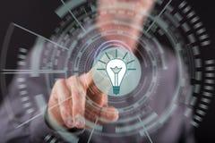 接触一个新技术创新概念的人 免版税图库摄影