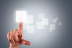 接触或按空白的按钮的女性手 图库摄影