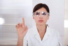 女性科学家画象  免版税图库摄影