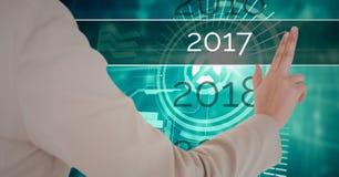 接触2017年在3D的女商人的手数位引起了背景 库存照片