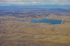接近丹佛的一个大湖 库存照片