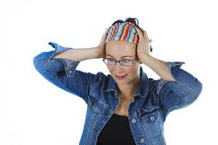 接近愉快惊奇妇女年轻人 免版税图库摄影