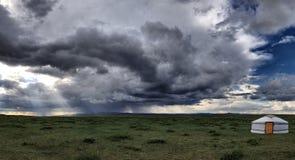 接近热尔省的风暴 库存照片