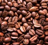 接近的咖啡粒 免版税库存照片