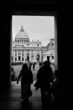 接近的圣彼得广场,罗马 库存图片