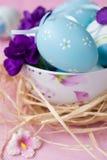 接近的复活节彩蛋 免版税库存图片