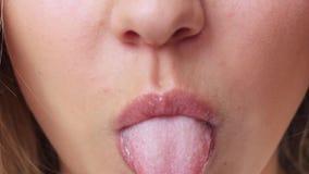 接近的女性嘴唇 股票视频