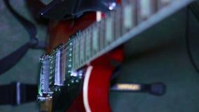 接近的电吉他 股票视频