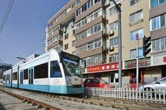 接近的电车在大连,中国的市中心 免版税库存图片