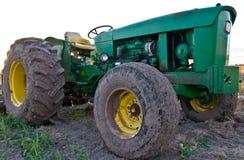 接近的绿色拖拉机 免版税库存照片
