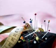 接近的裁缝工具 免版税库存照片