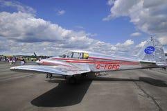 接近的飞机 免版税图库摄影