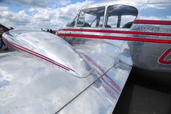 接近的飞机 免版税库存照片