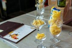 接近的食物意大利意大利面食 库存照片