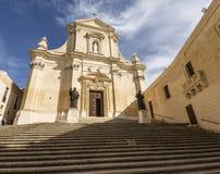 接近盛大大教堂的步在维多利亚戈佐岛的,马耳他` s城堡 免版税库存图片
