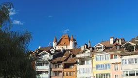 控制图恩地平线(瑞士)的图恩城堡 图库摄影