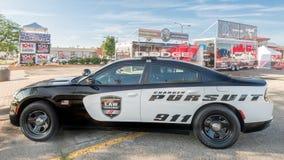 推托充电器警车在伍德沃德梦想巡航 免版税库存照片