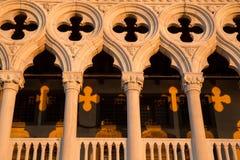 推托城堡,威尼斯的细节与日出阴影样式的 免版税库存照片
